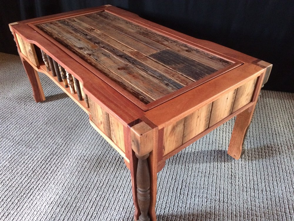 "Rustic Spindle Coffee Table  19""x45""x25"""