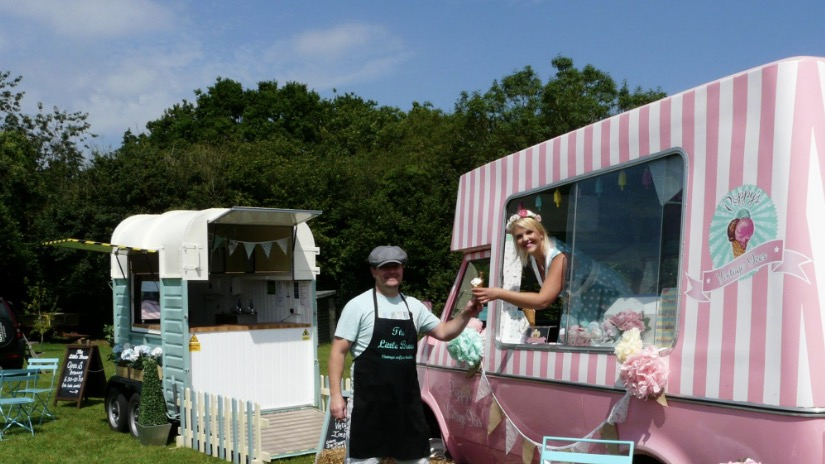 Graeme of The Little Brew & Poppy of Poppy's Vintage Ices (photo credit: Jo Barnes, South Wales Argus)