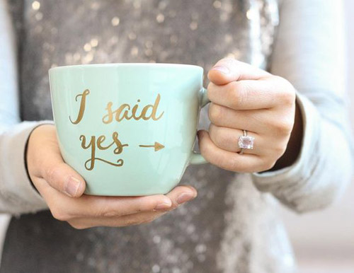 Fun Ways To Announce Your Engagement | B&E Lucky in Love Blog