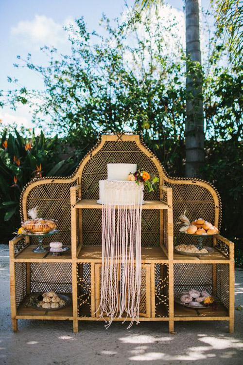 Macramé Wedding Details from B&E Lucky in Love Wedding Blog