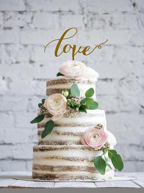 Cutest Custom Cake Toppers | B&E Lucky in Love Blog