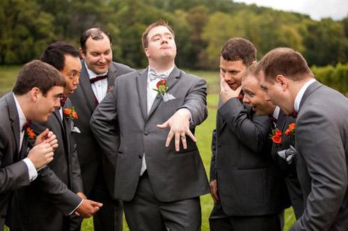 Fun Wedding Photo Ideas | Lucky in Love Blog