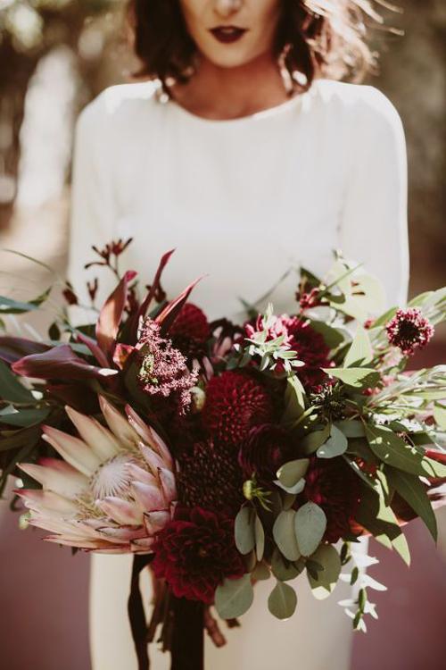 Burgundy, Green & Gold Wedding Inspiration   B&E Lucky in Love Blog