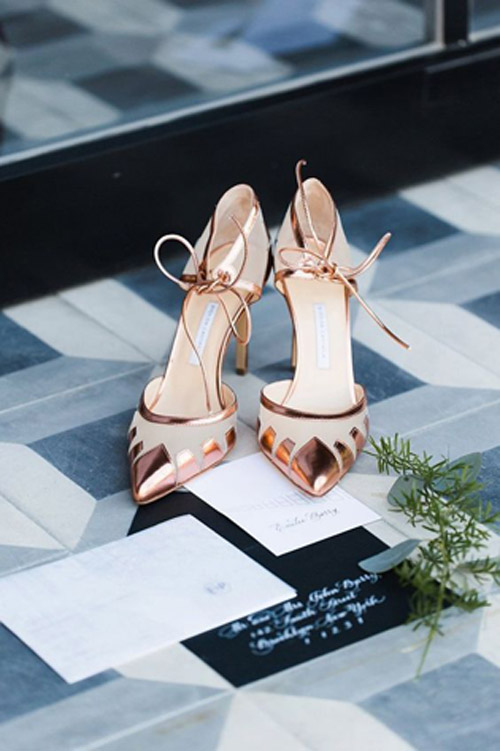 Color Inspiration: Copper Touches to Add Shine to your Wedding | Lucky in Love Blog