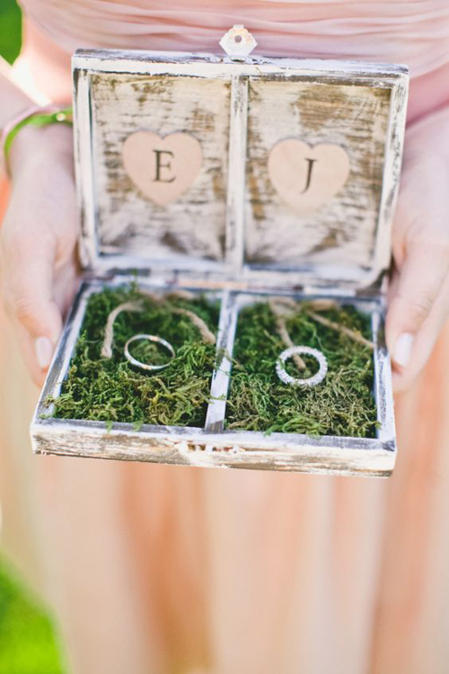 Beautiful and Unique Wedding Ring Boxes | B&E Lucky in Love Blog