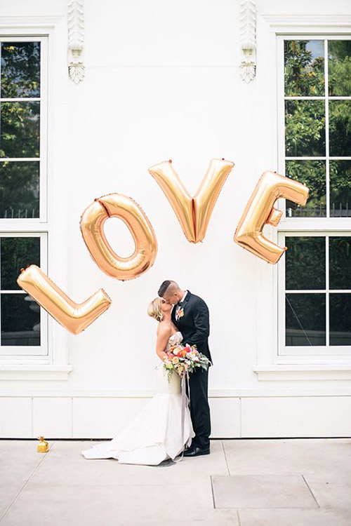 Beautiful and practical metal accents to bling out your wedding decor | Lucky in Love Blog