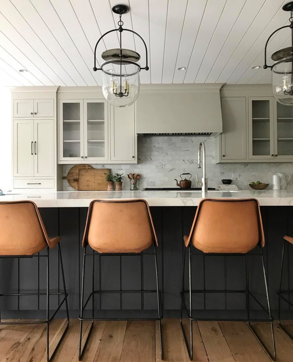 How To Design a Non-White Kitchen in a White Kitchen World. Above image from @amberinteriors