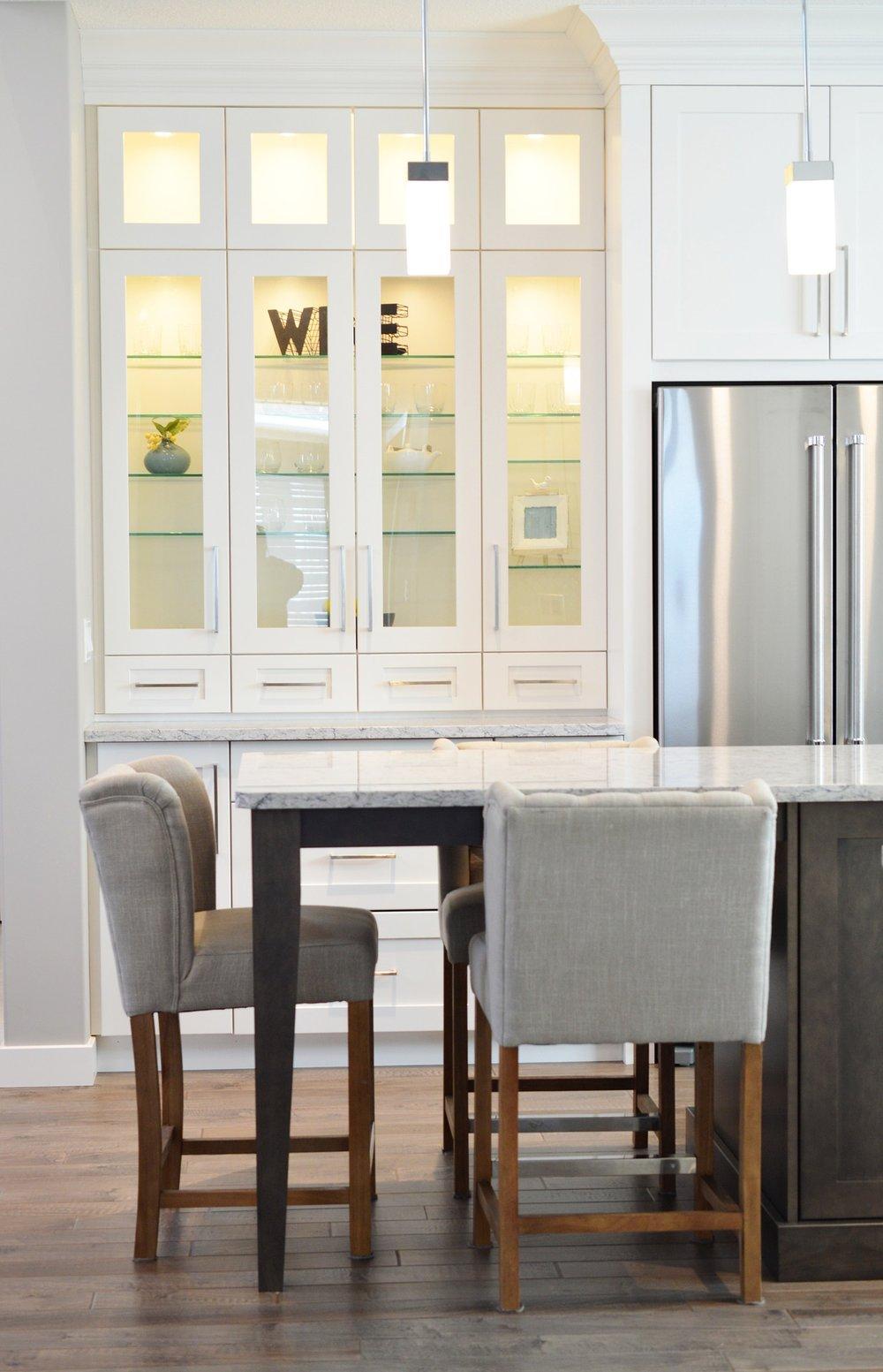 How To Design a Non-White Kitchen in a White Kitchen World