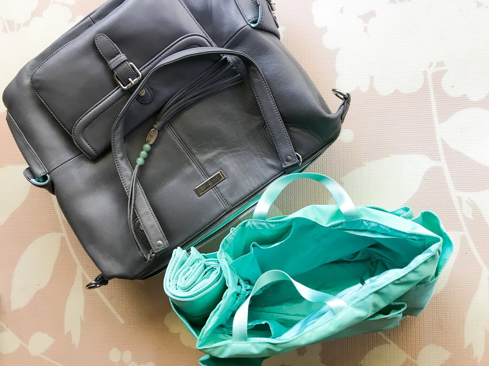 The Meggan By Lily Jade. What to pack in your hospital bag before having your baby.
