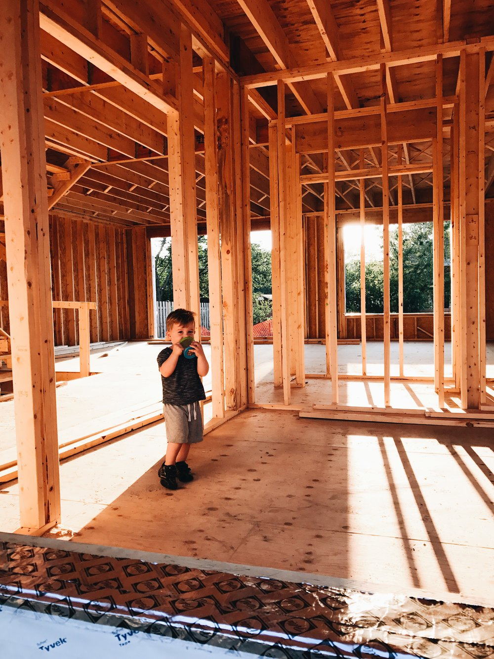 How To Find An Architect Within Your Budget. How to get started building a custom home. #customhome
