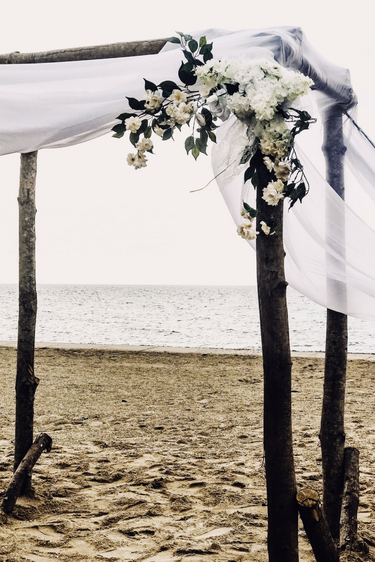 Beach Wedding Arch With Flowers. How To Have A Gorgeous Beach Wedding In The Midwest - Bay Harbor Michigan Wedding