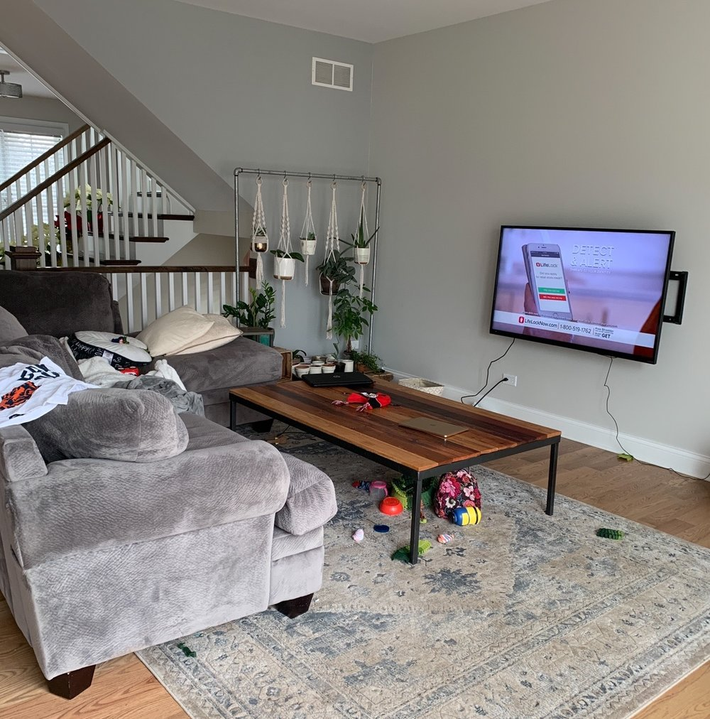 BEFORE PHOTO. Ideas for home furnishings. Living room home decor ideas. How to makeover your living room. How To Shop For Furniture Like You Mean It