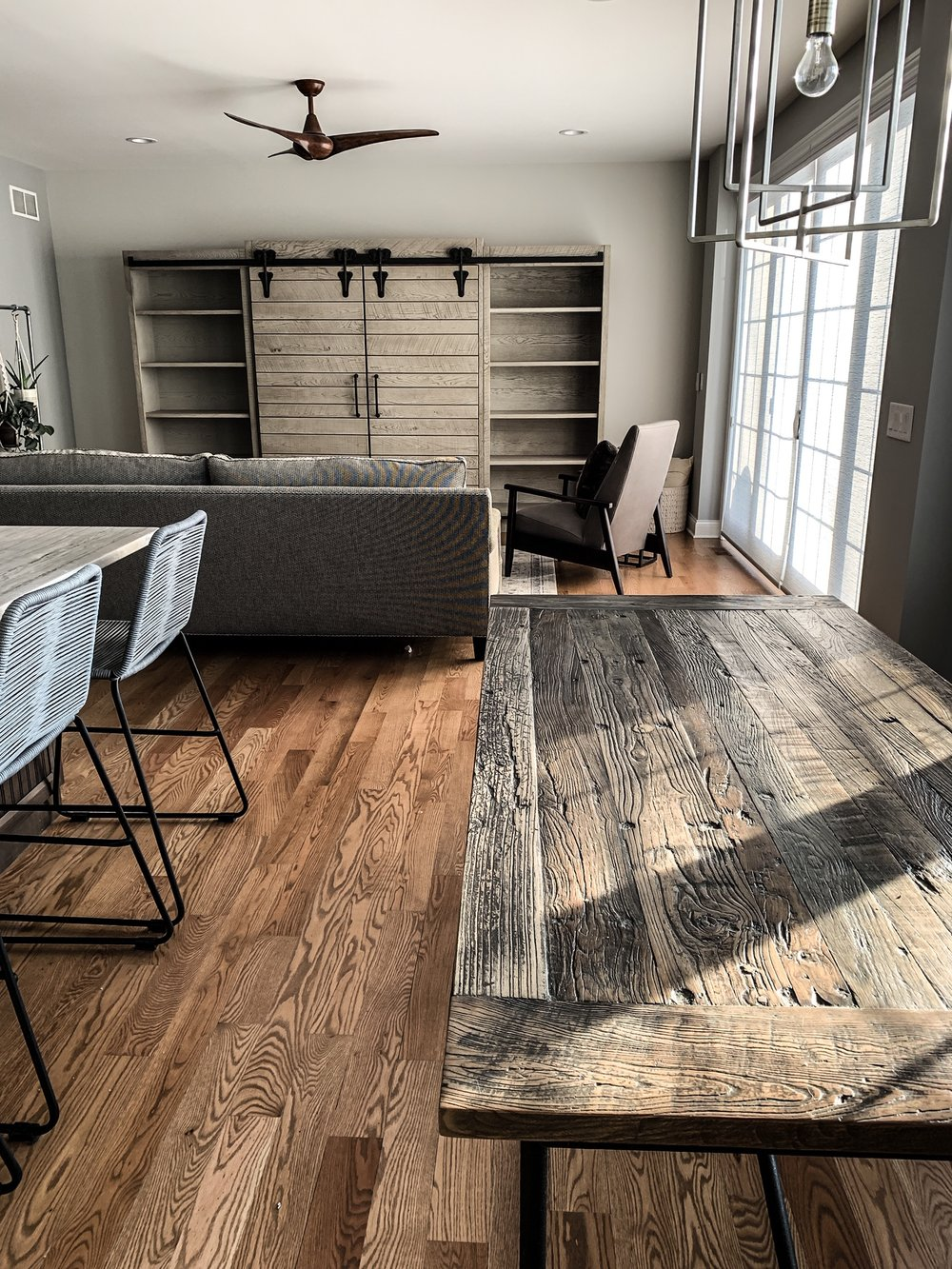 Ideas for home furnishings. Living room home decor ideas. How to makeover your living room. How To Shop For Furniture Like You Mean It