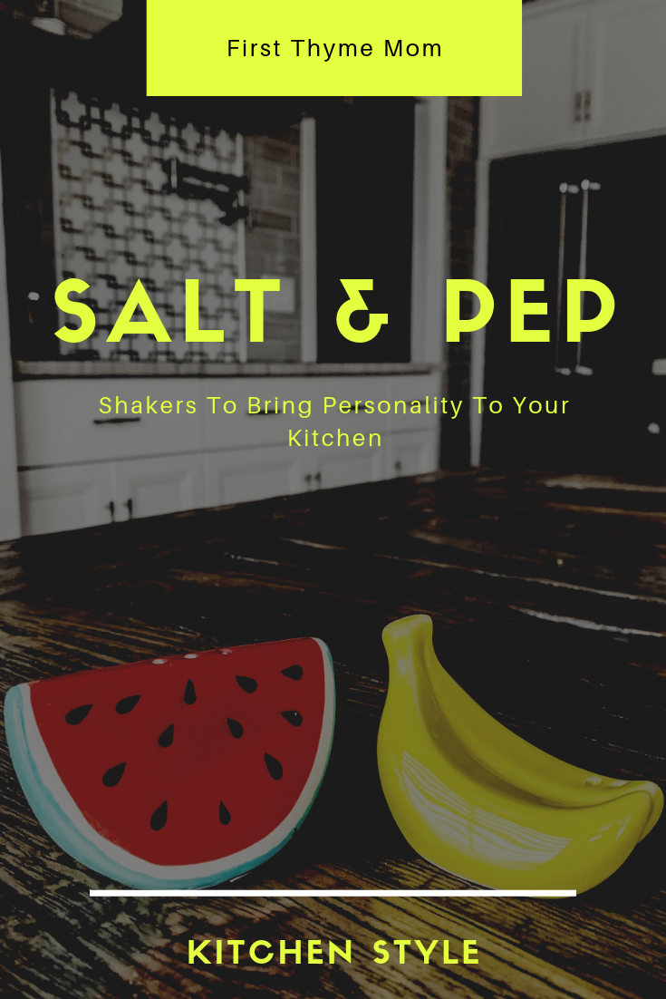 Must-have unique salt and pepper shakers. Adorable salt and pepper shakers. Watermelon and Banana Salt and Pepper shaker. The best salt and pepper shakers for your kitchen. #salt #and #pepper #shaker