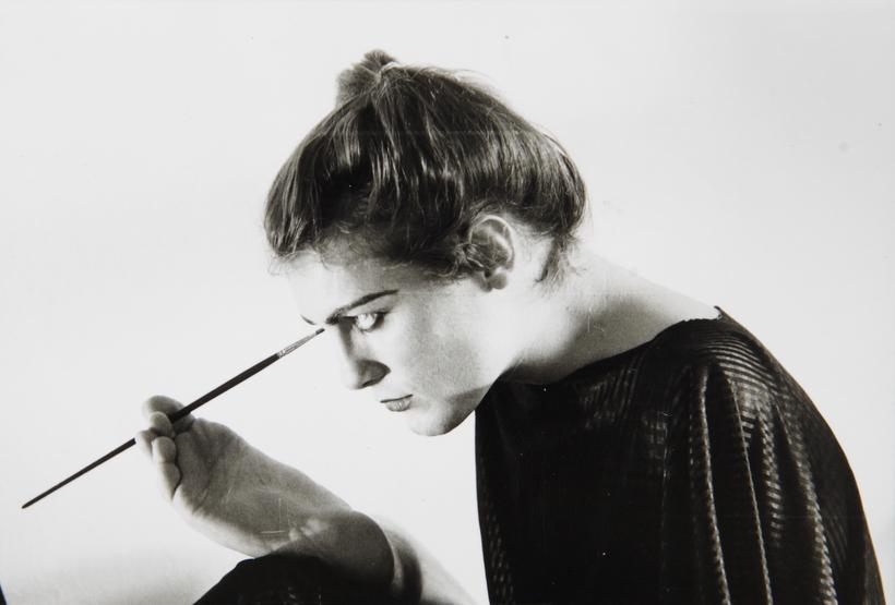 Lorenza Bottner, artista transgénero, multidisciplinar y transversal. Ella pintaba con el pie y la boca.