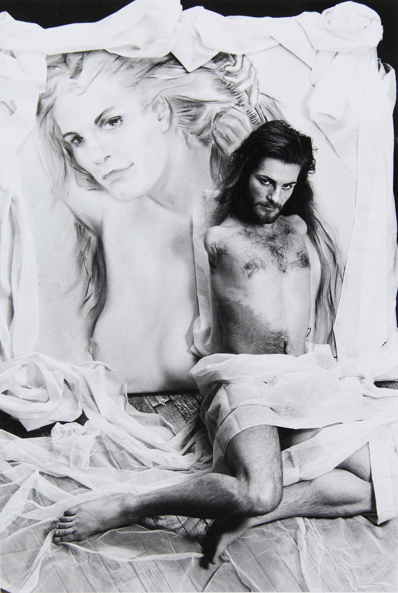 Lorenza Bottner, artista transgénero, multidisciplinar y transversal. Ella pintaba conel pie y la boca.