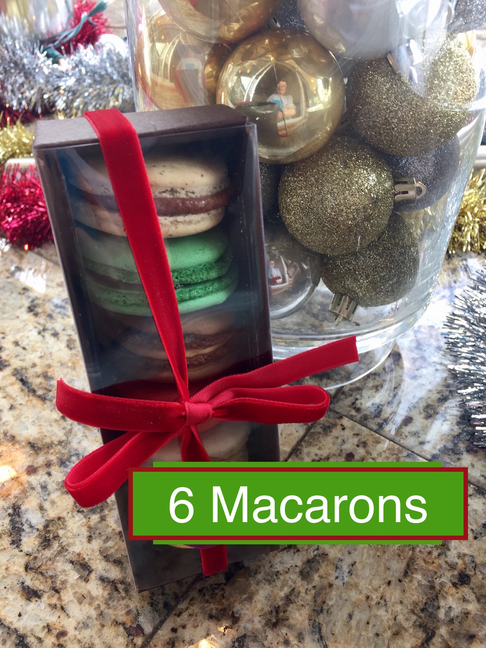 6 Macarons.jpg