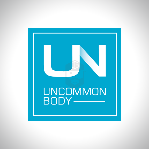 UNCOMMON BODY Arizona based fitness expert & personal trainer.
