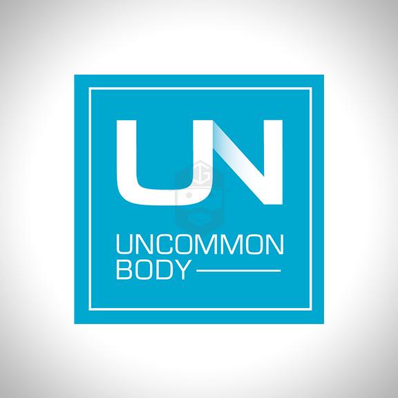 UNCOMMON BODY Arizona based fitness expert & personal trainer.