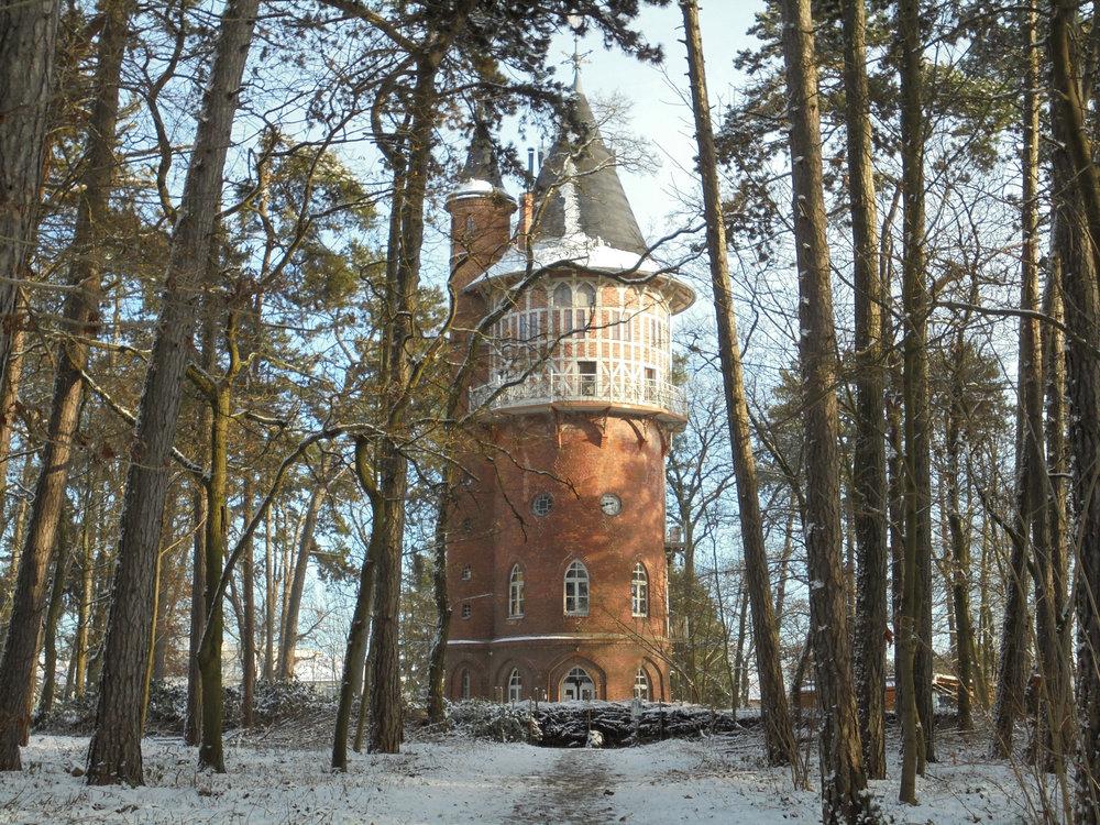 Winterturm Querformat_1_©BEWAHREN Ferienhaus eG.jpg