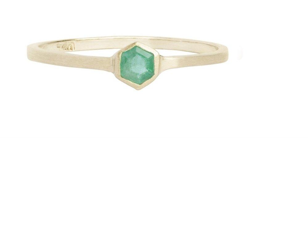 anel ouro amarelo 18 quilates esmeralda hexagonal