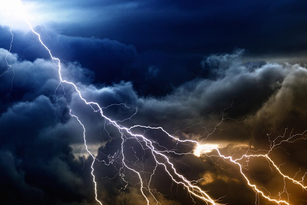 shutterstock_lightning copy.jpg