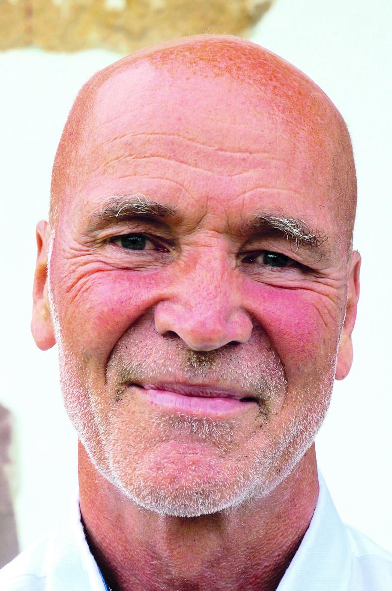 Albert Jansen    Ex-huisarts, antroposofisch arts, oprichter van Con Amore (opleidingsinstituut voor medische en psychosociale basiskennis voor therapeuten) en auteur van 'Ziek, Beter, Best'.