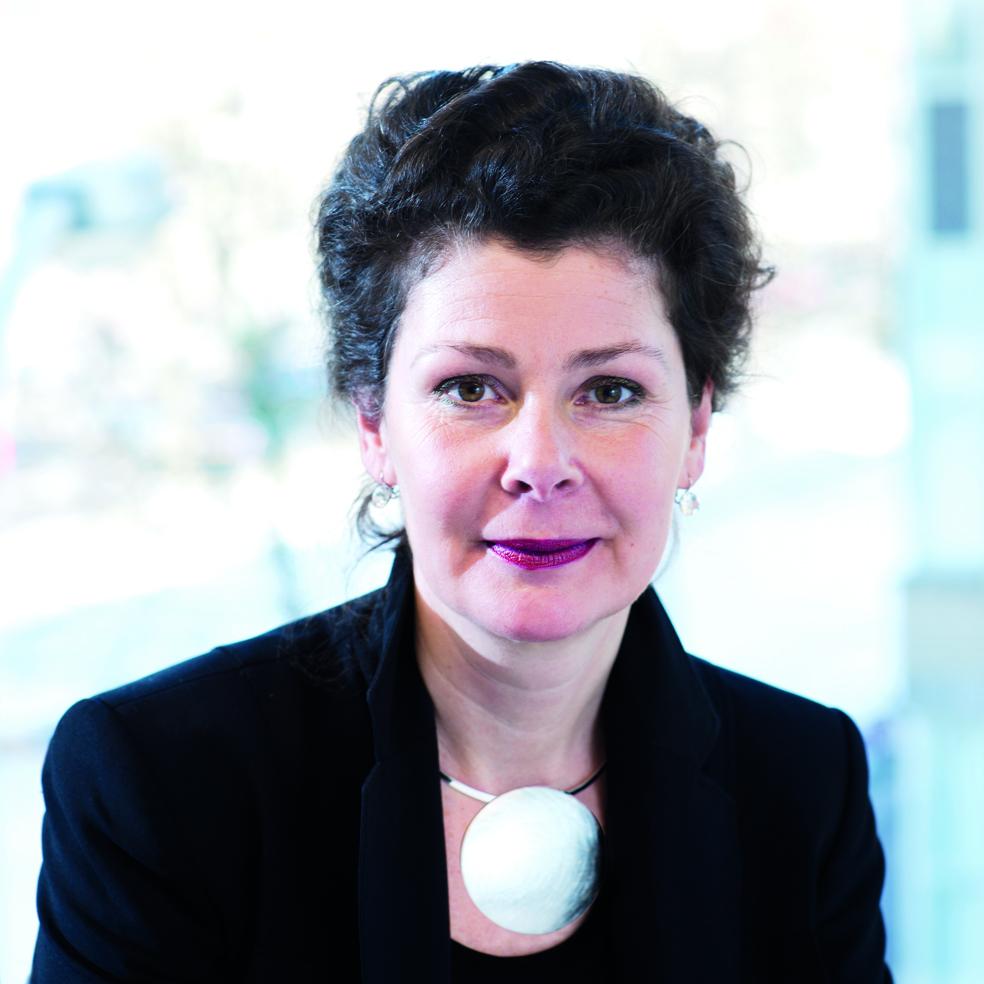 Helene van der Vloed   Manager van het MVO Netwerk Zorg (MVO Nederland) en de MVO Expeditie Duurzame Zorg.