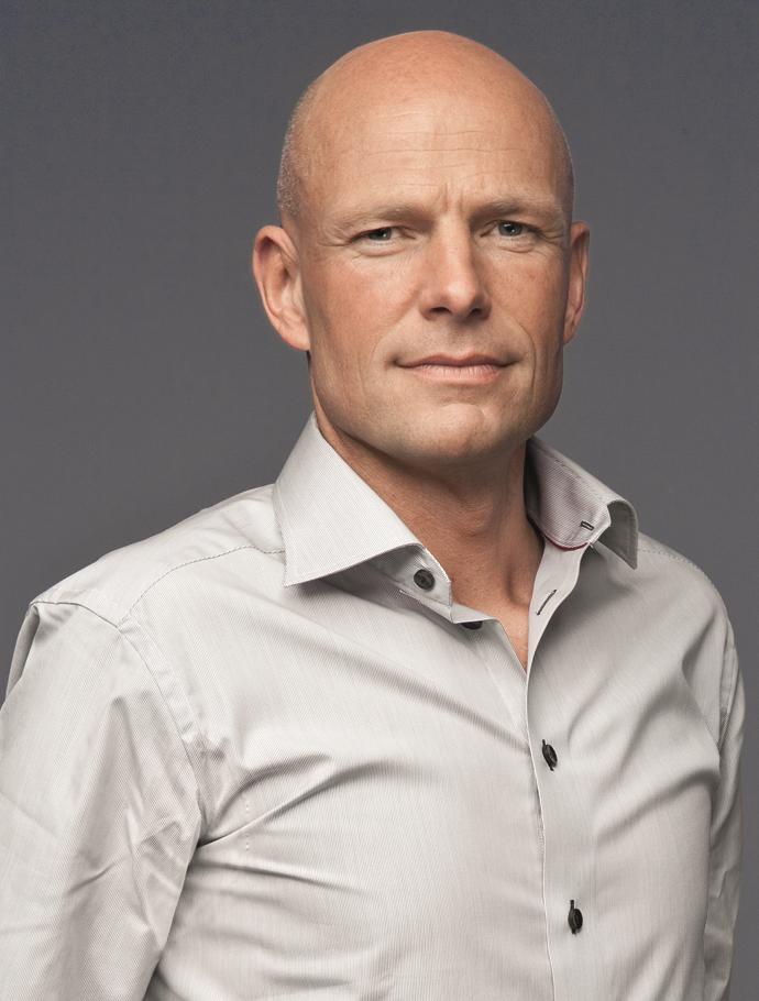 Peter Kuijper    Zorgondernemer,initiatiefnemer van Mind&Health. Mind&Health biedt een integraal vitaliteitsconcept om te komen tot een betere leefstijl. Directeur externe relaties bij Barcode for Life, dat zich als goed doel inzet voor een persoonlijke en doelgerichte behandeling van kanker.
