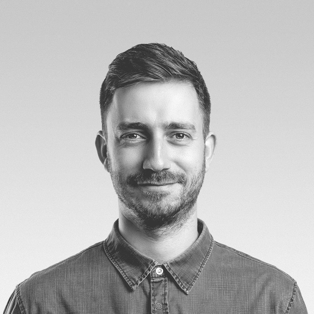 Ádám Miklósi - Product Designer