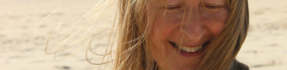 Beach girl 2 Portugal 2015.jpg