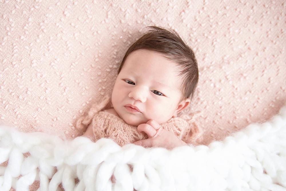 Farrah Newborn43.jpg