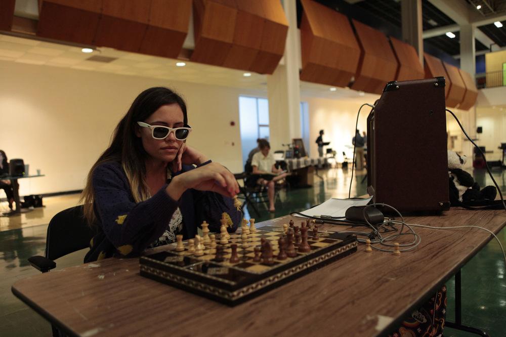 nicole-plays-chess-0481.jpg