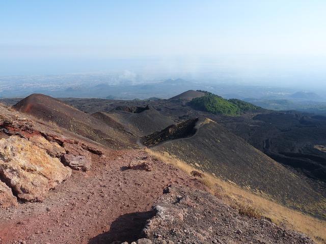 Vulcanul Etna. Italia