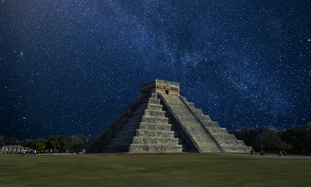 Mexic. Piramida Chichen Itza.