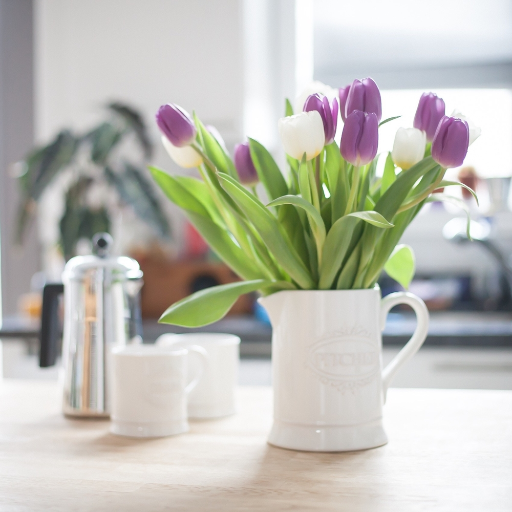 Sunday afternoons with coffee and a vase of fresh spring tulips.