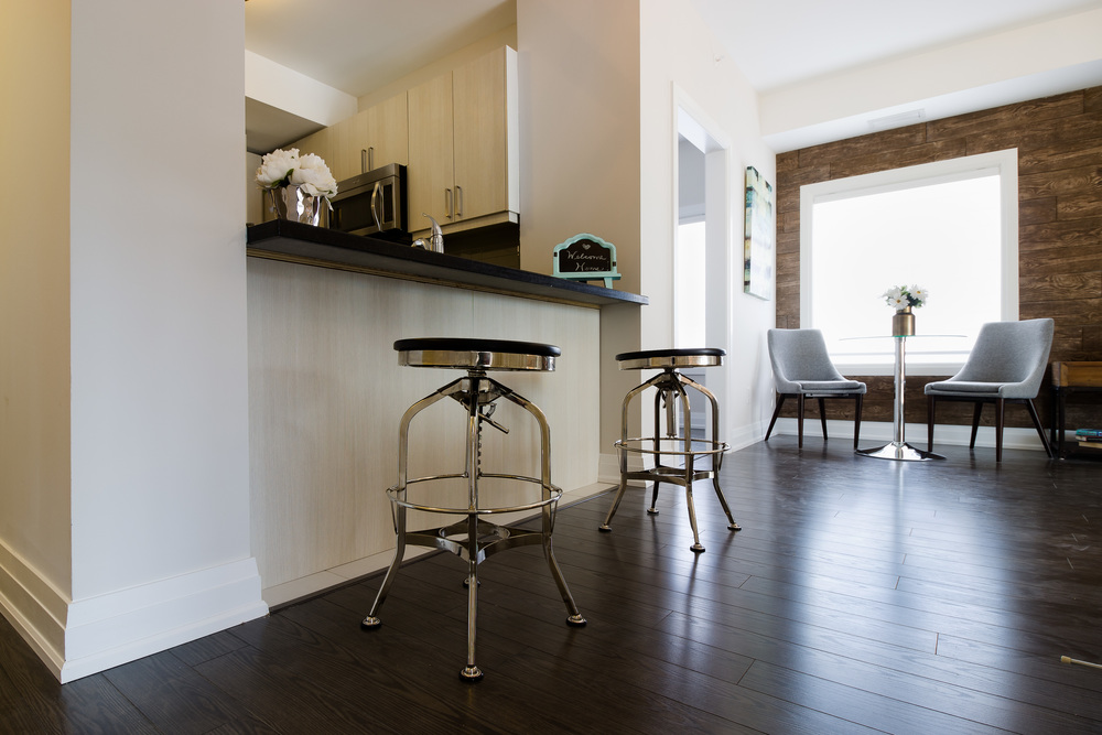 Glengrove Model Suite Kitchen Bar