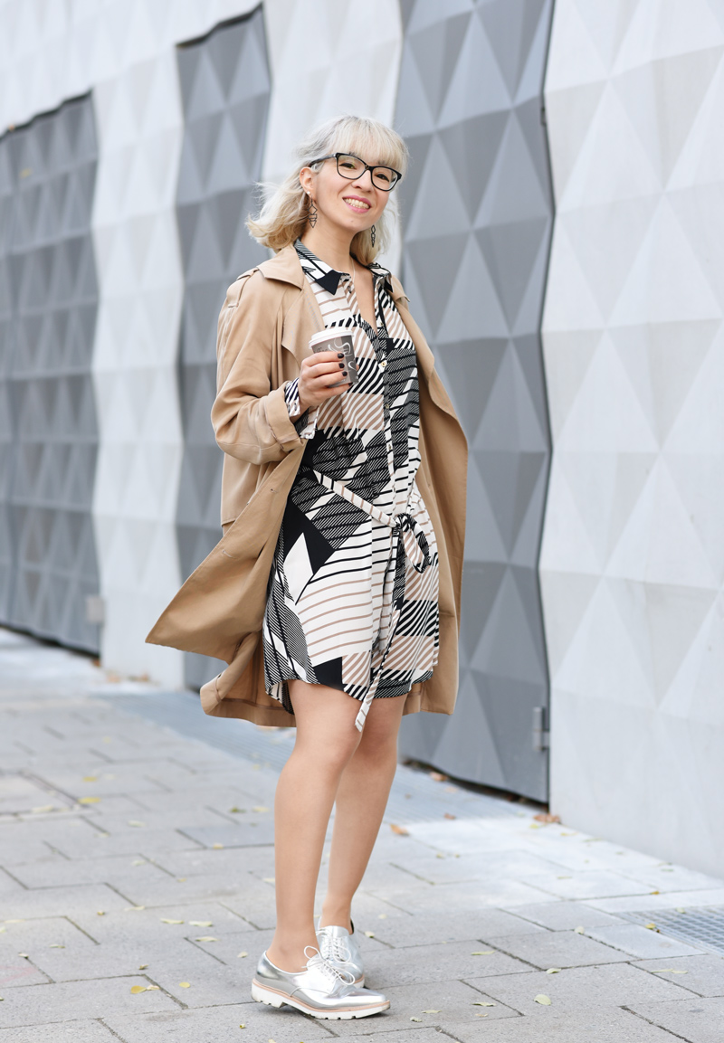 asos-business-outfit-buero-look-nachgesternistvormorgen-fashionblog-modeblog-muenchen-graphic-print-blouse-dress-33.jpg