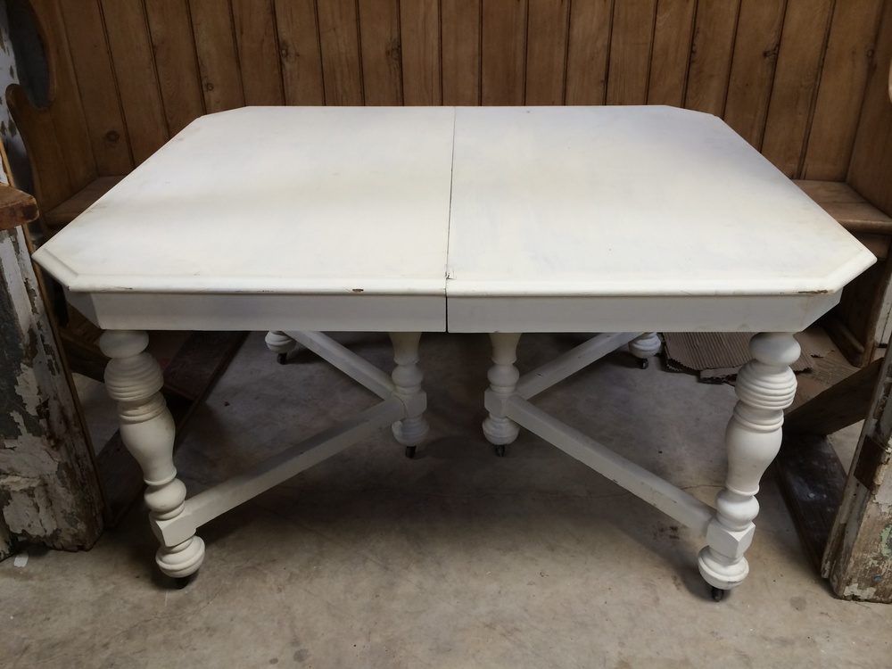 Rectangular White Cake Table