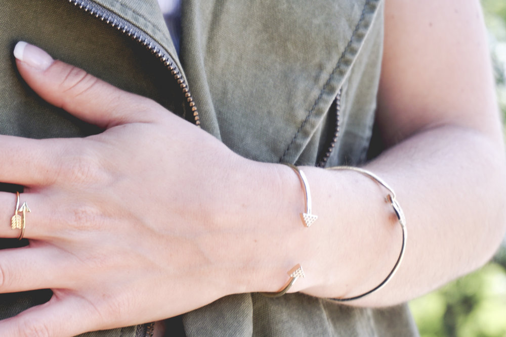 The Gilded Bellini wearing Katie Dean Jewelry - Wrap Arrow Ring