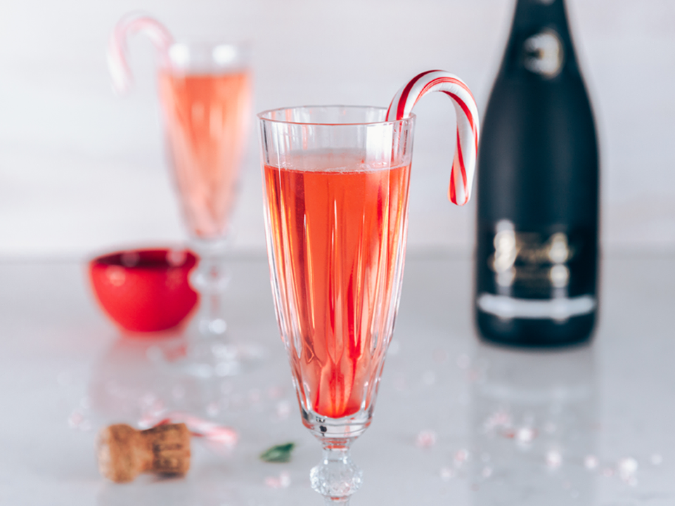 Candy Cane Cava-Tail with Freixnet