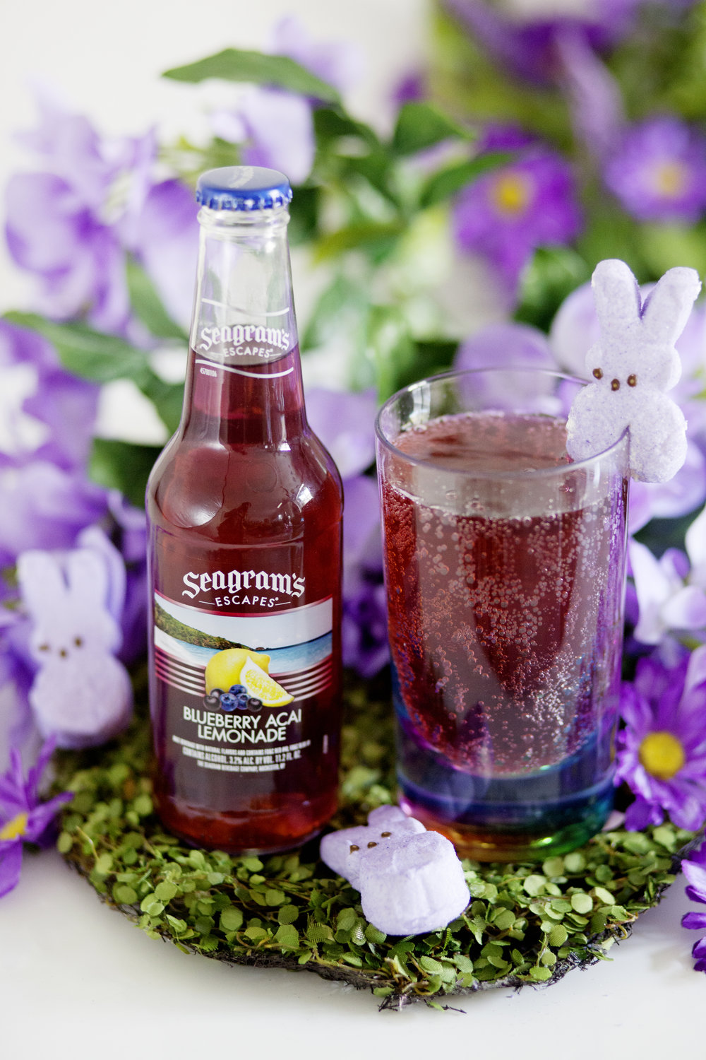 Seagram's Escapes Blueberry Lemonade Acai on The Gilded Bellini