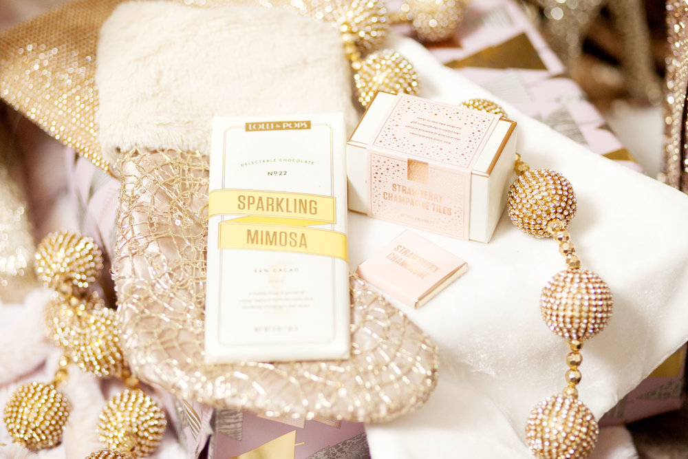 Lolli and Pops Sparkling Mimosa Signature Bar - The Gilded Bellini Holiday Gift Guide