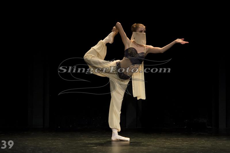 Performance-39.jpg