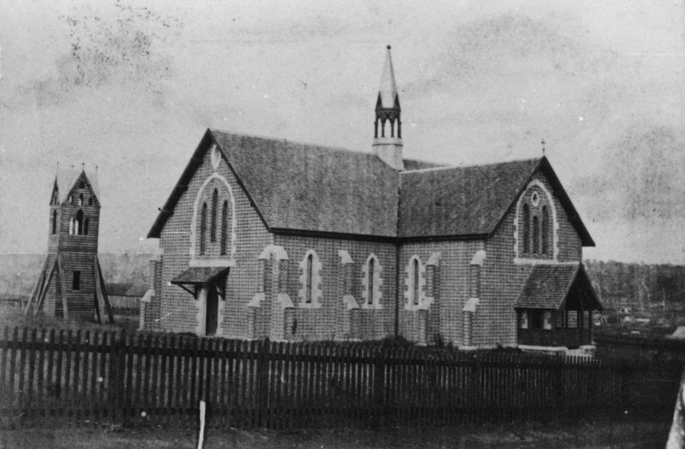View of original church from Russell St. Circa 1869 (src: Qld State Library)
