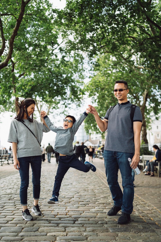 Family Portrait Photographer, Tower Bridge, London