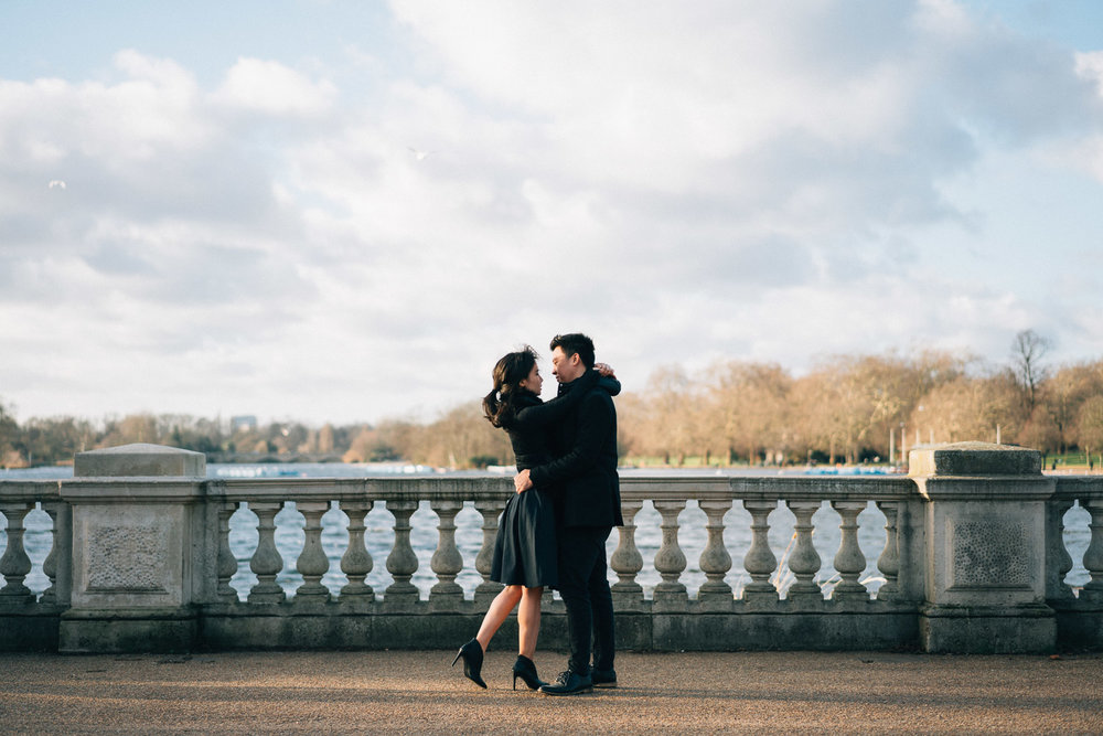 Hyde Park couples portrait photographer