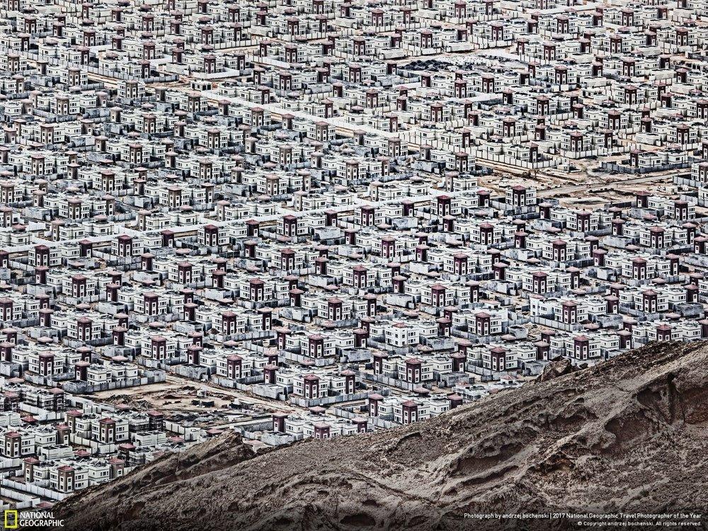Al Ain •• Photo and Caption by Andrzej Bochenski New city on the desert.