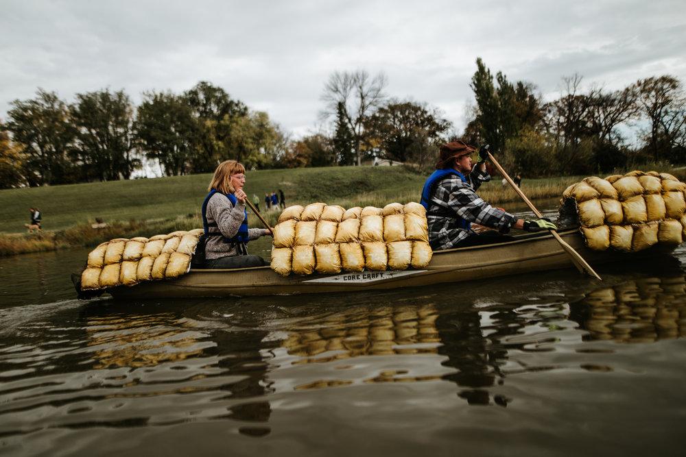 canoeparade-0985-2.jpg
