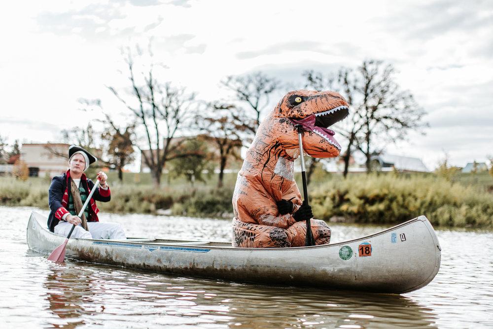 canoeparade-1180.jpg
